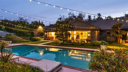 Kate Walsh Encino Home