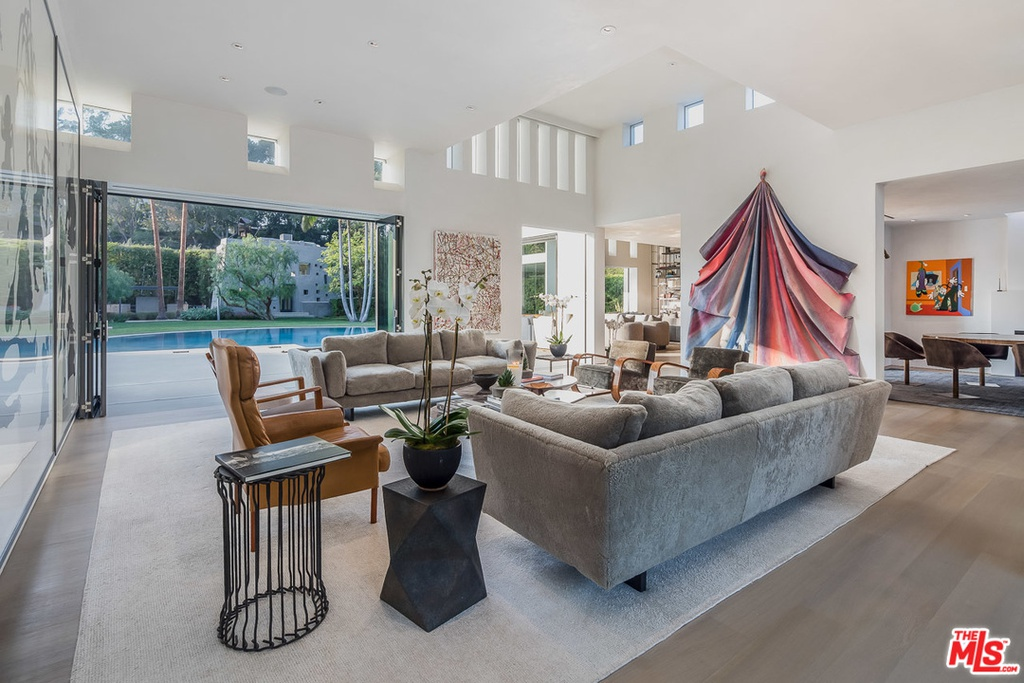 Ari Emanuel hauls in $19 million for his Mandeville Canyon ...