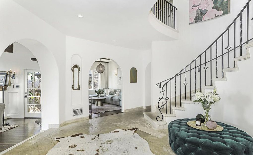 'Schitt's Creek' Star Dan Levy Drops $4.1 Million on Los Angeles Home
