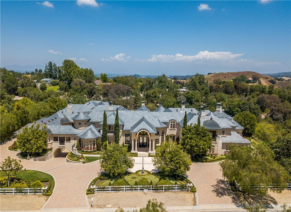 Jeffree Star's $14.6 Million Hidden Hills House