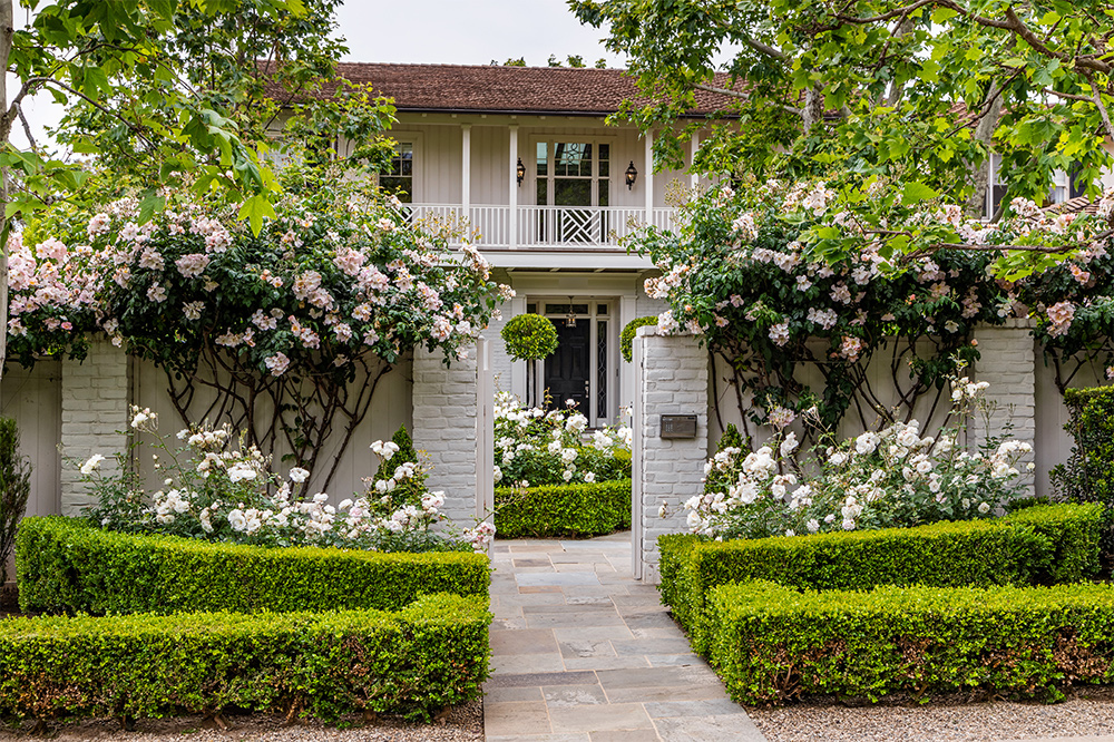 Silicon Valley Couple Buys Tracy Tutor's Brentwood Mansion