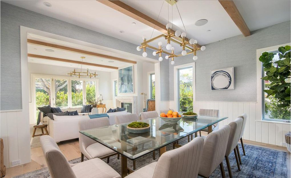 Leighton Meester And Adam Brody Buy L A Home Dirt
