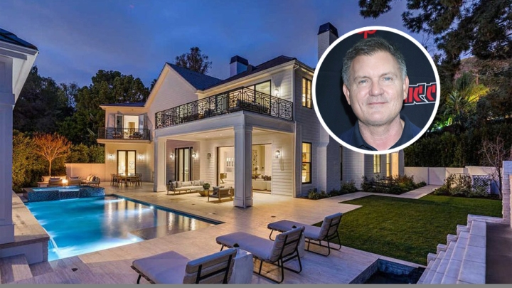'Scream' King Kevin Williamson Blazes in to Beverly Hills