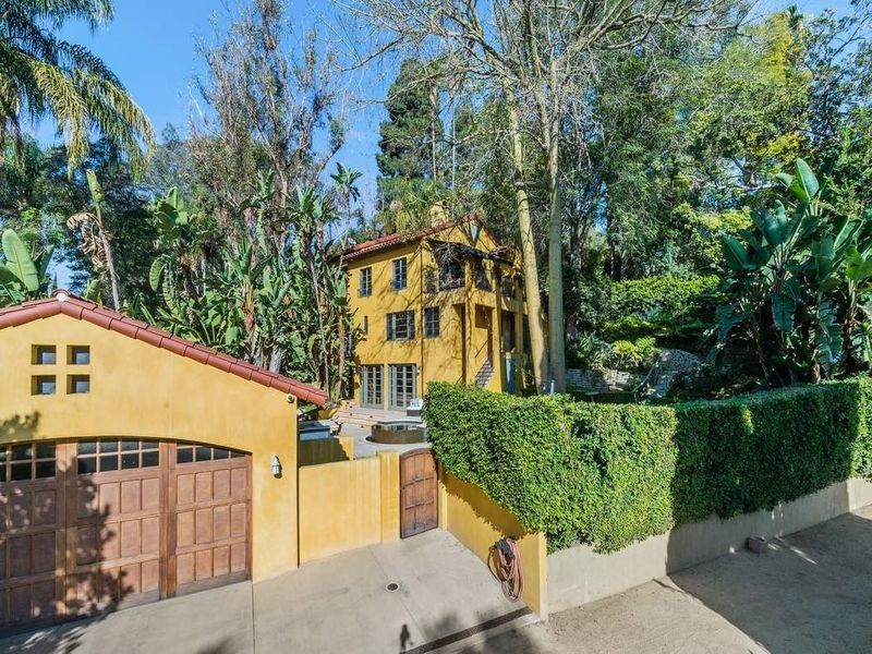 Emma Roberts Sells 1920s Los Angeles House At Big Profit Dirt